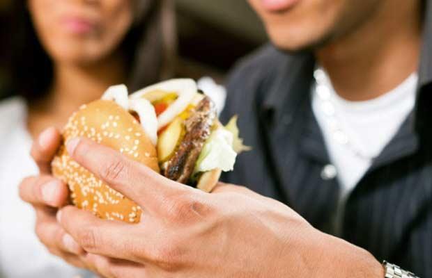 kleding-camera-voedsel-calorieen