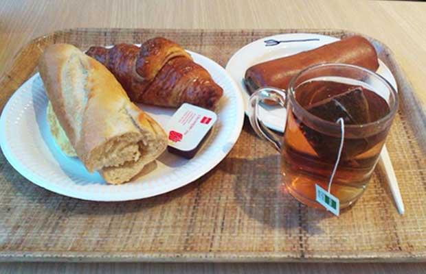 hema euro ontbijtje met worstebroodje