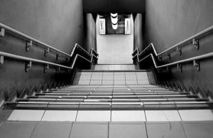 tips om meer te bewegen, neem de trap